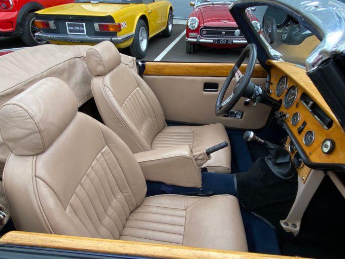 Spitfire mk4 1974 bleue sièges