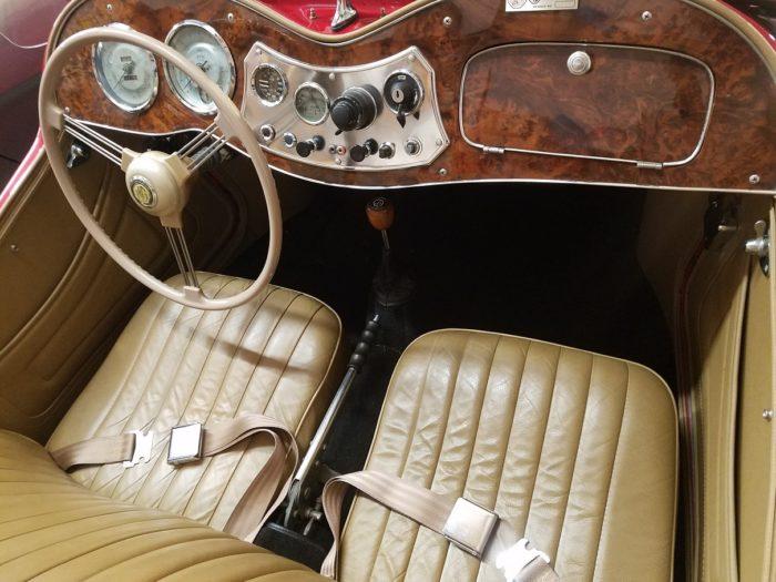 Mg td 1952 intérieur