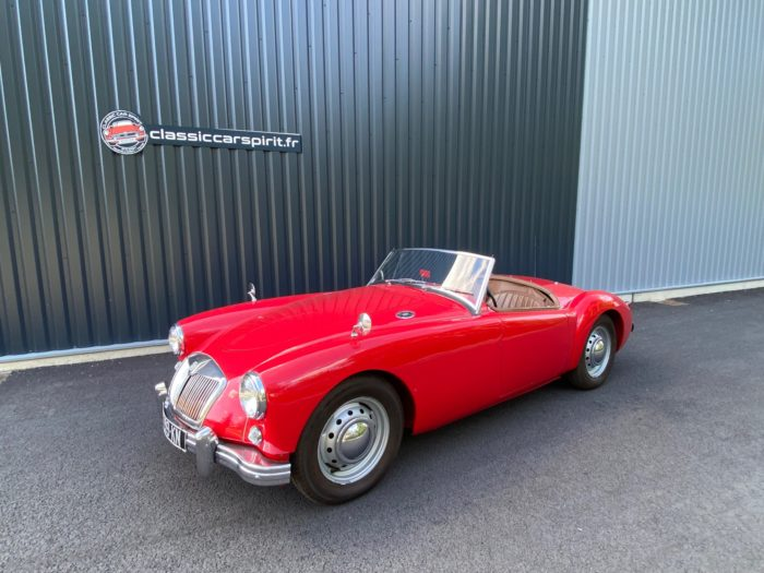 Mga 1500 1959 rouge avant gauche