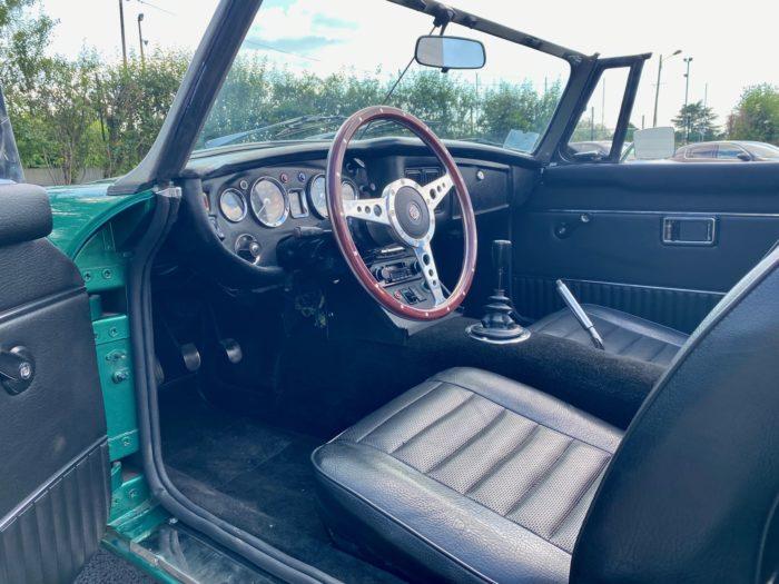 Mgb 1973 verte intérieur