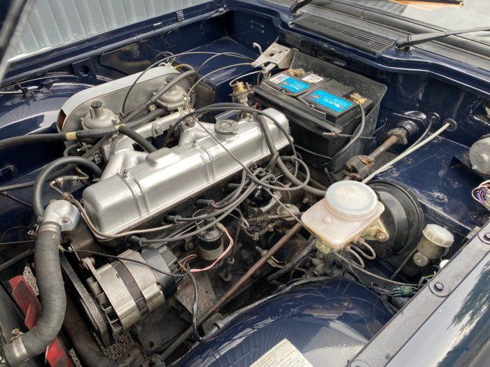 Tr6 1974 bleue moteur